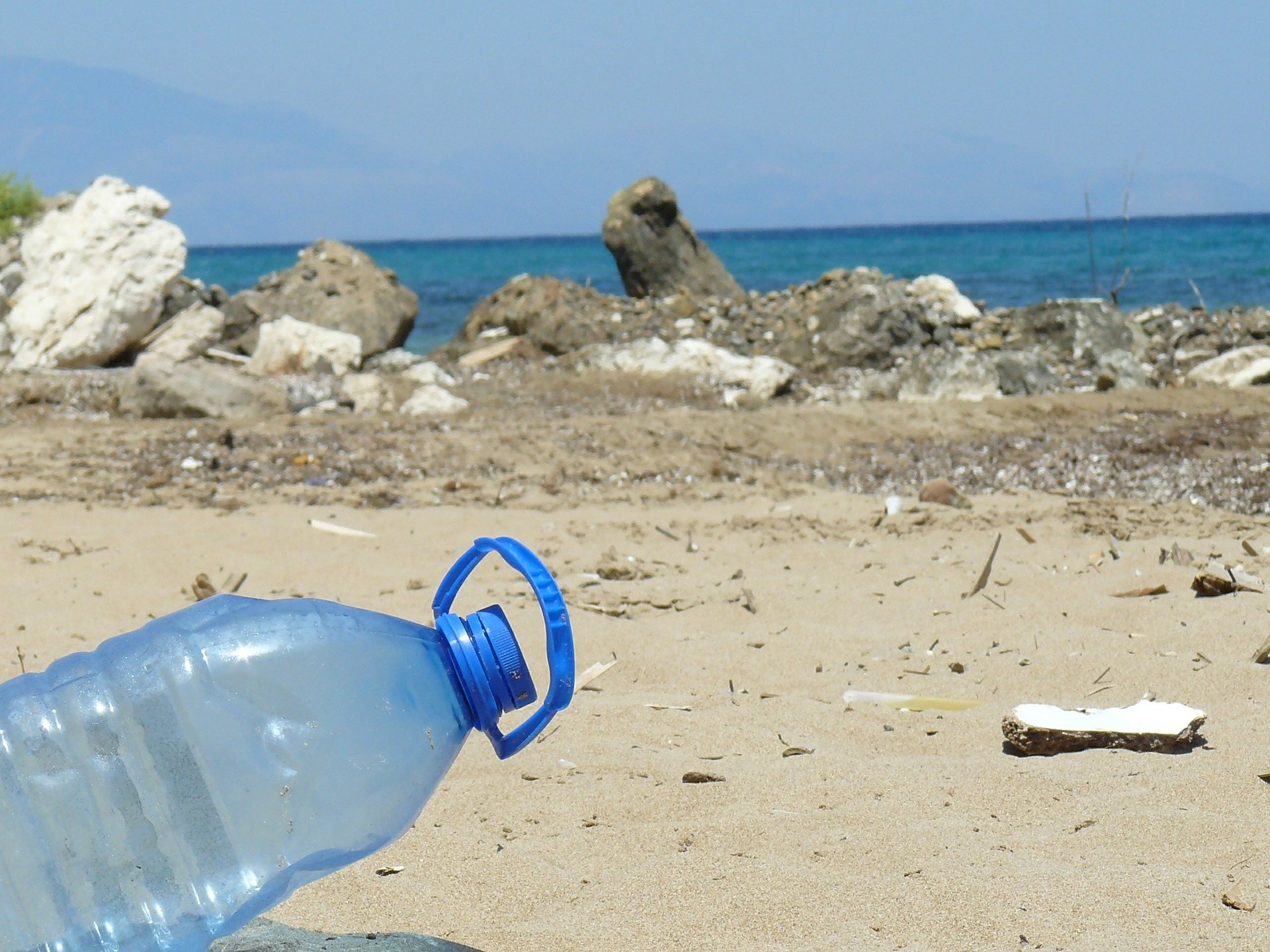 Plastic bottles recycling in the crisis